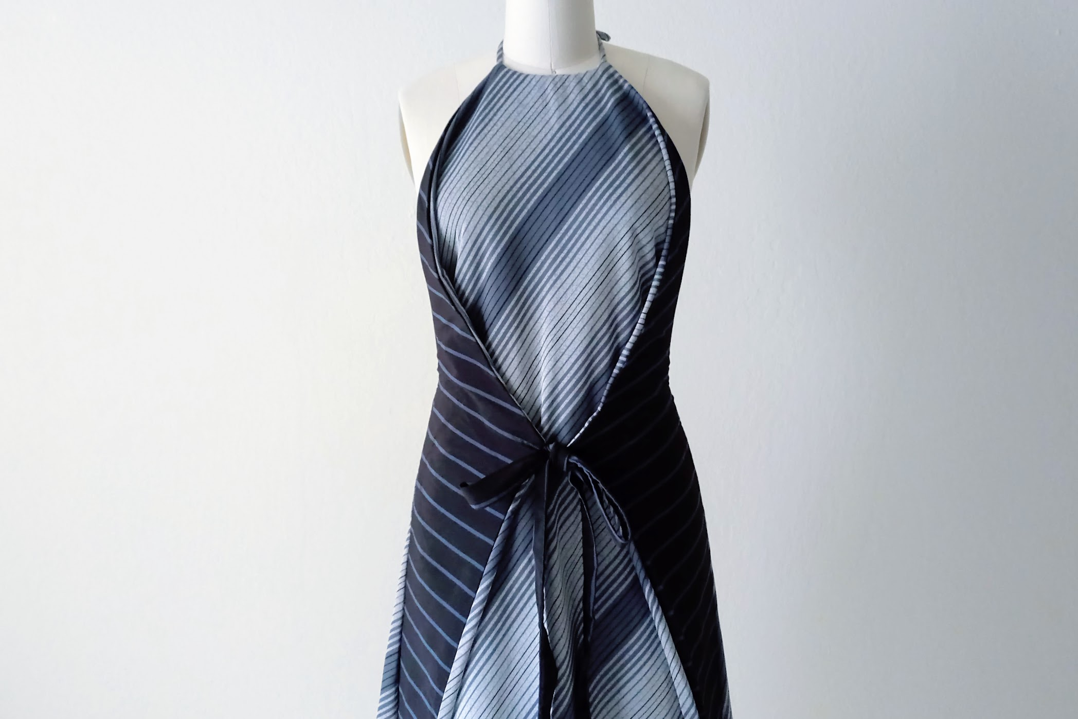 Two-Way Apron Dress | DIY Fashion project | fafafoom.com