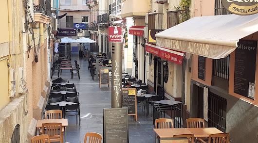 Cierre de bares y comercios en la capital: Almería tiene una tasa de casi 1.300