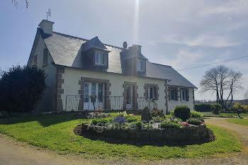 propriété à Saint-Connan (22)