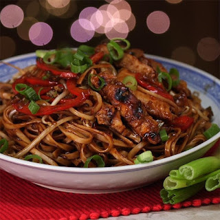 Chicken Lo Mein Is Saucy and Packed with Layered Flavors