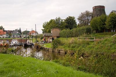 Hafen mit Mühle