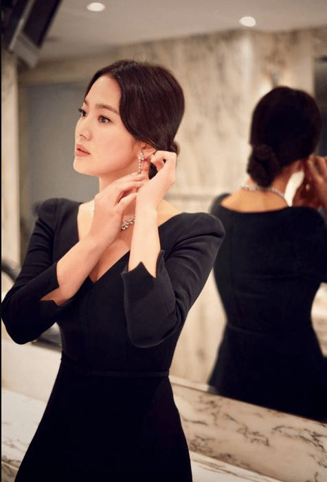 hyekyo gown 30