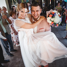 Wedding photographer Vladimir Badunov (VovaTunaPhoto). Photo of 04.07.2018