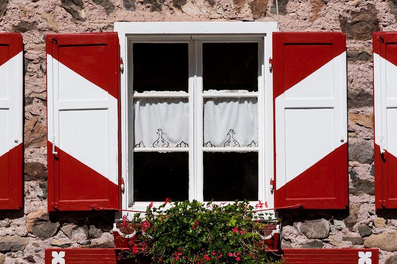 Rosso e bianco di Obscurenotion