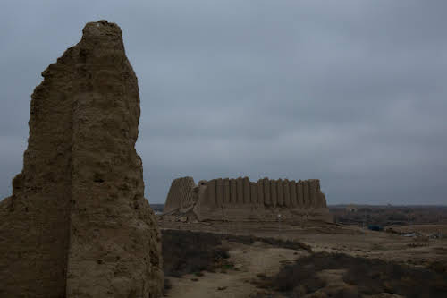 How to Travel Turkmenistan: Transit Visa 5-Days Itinerary // Kyz Kala Ruins in Merv, Day Trip from Mary