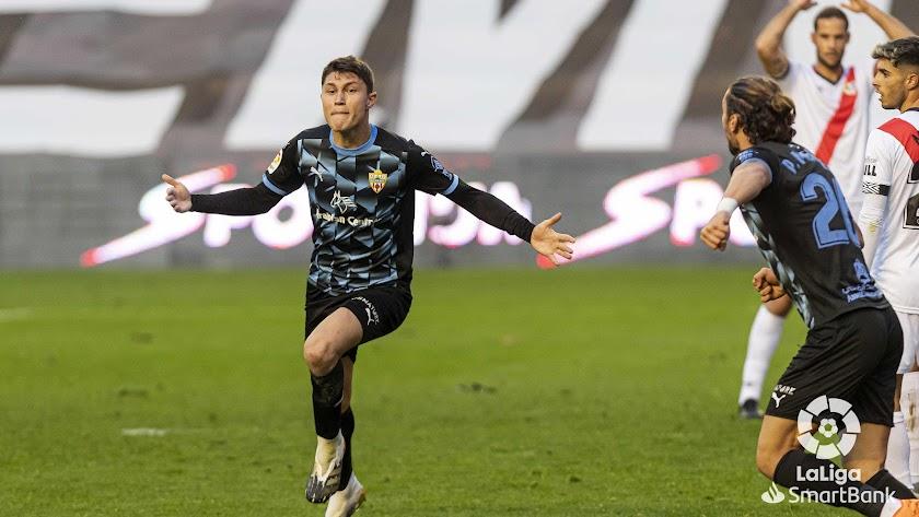Cuenca celebrando uno de sus goles.