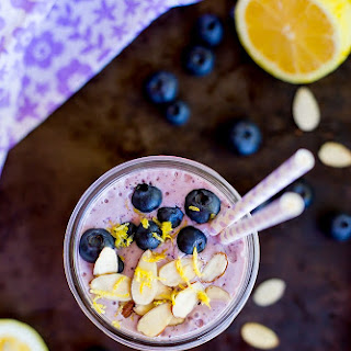 Lemon, Wild Blueberry & Almond Protein Smoothie.