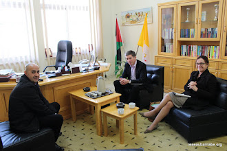 Photo: Rencontre du directeur de l'école latine à Beit Jala