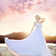 Wedding photographer Darya Lisikhina (profototver). Photo of 17.10.2013