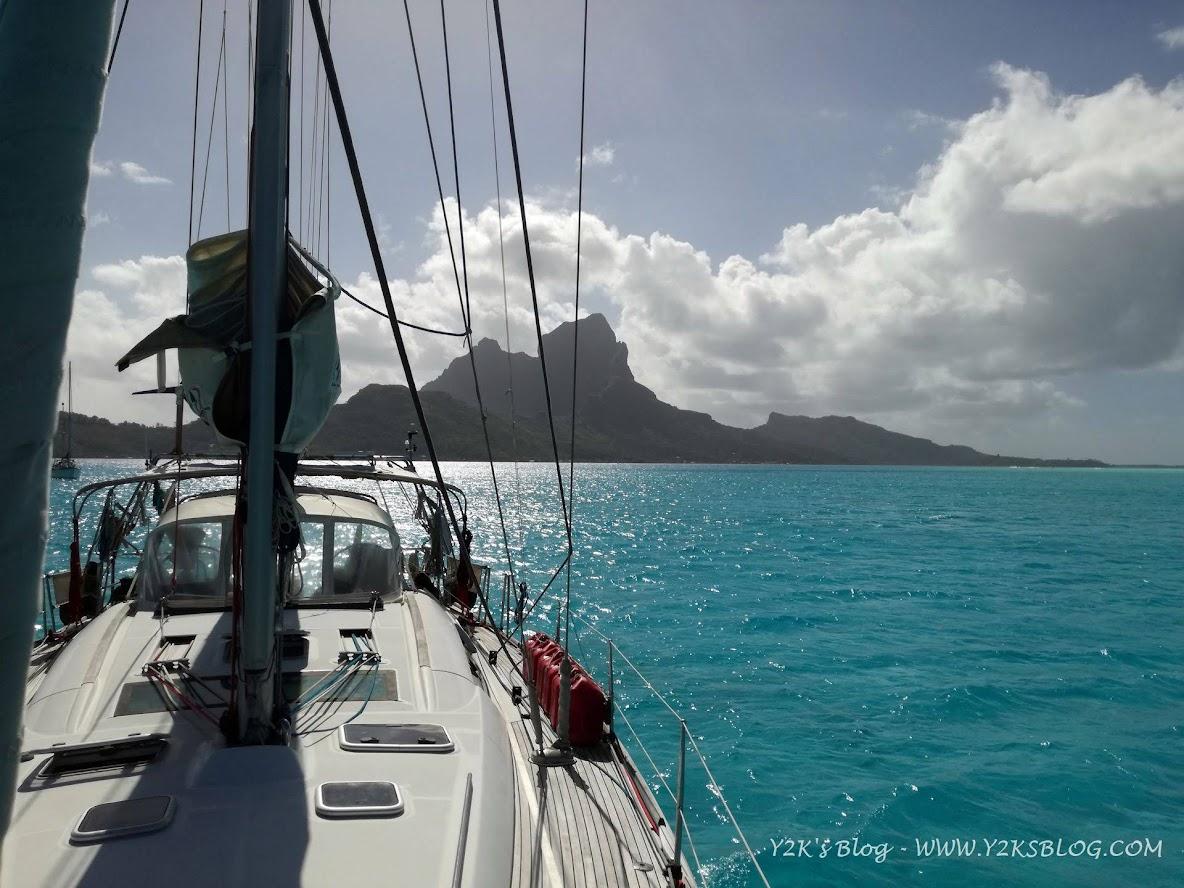Y2K a SE di Bora Bora. Otemanu sullo sfondo.