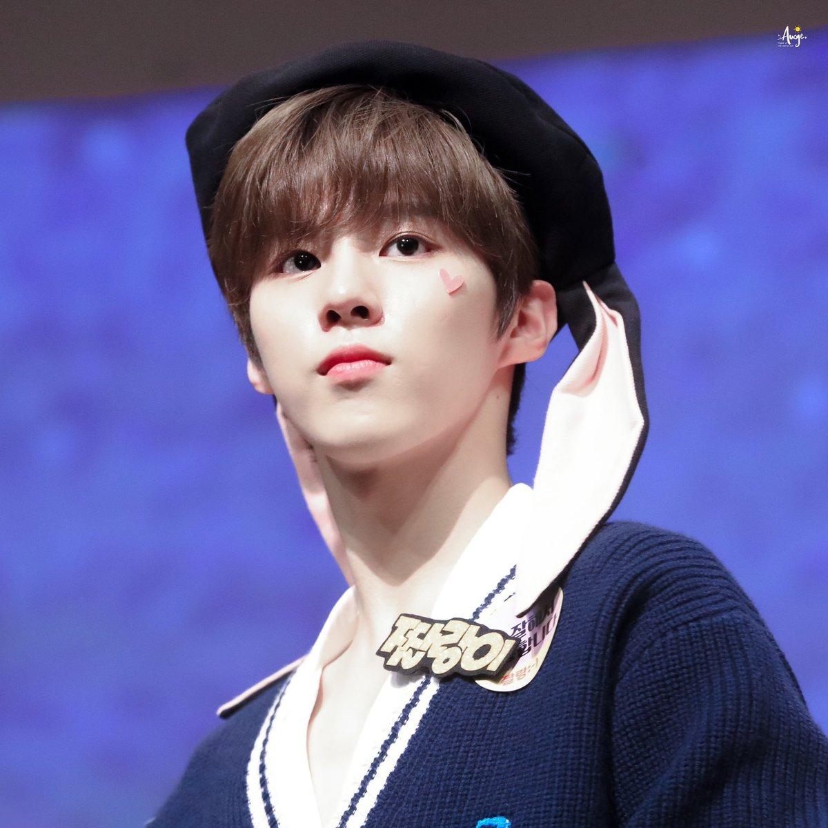 most pop kpop idol 18