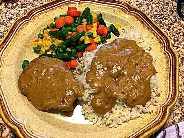 Pork Chops With Creamy Gravy Recipe
