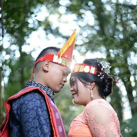 Batak Tribe Couple Engagement by Fredy Pandia - Wedding Bride & Groom ( nature, prewedding, indonesia, wedding, forest, couple, bride and groom, batak )