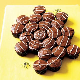 Red Velvet Cobweb Cupcakes
