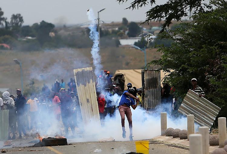Satellite police station set alight amid Krugersdorp protests