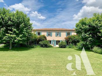 maison à Eyragues (13)