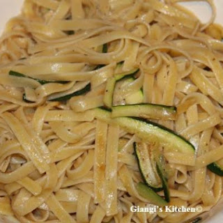 Fettuccine ith Zucchini and Onions