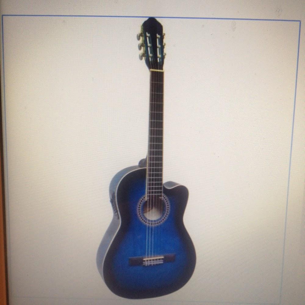 Chitarra classica 4/4 elettrificata blu
