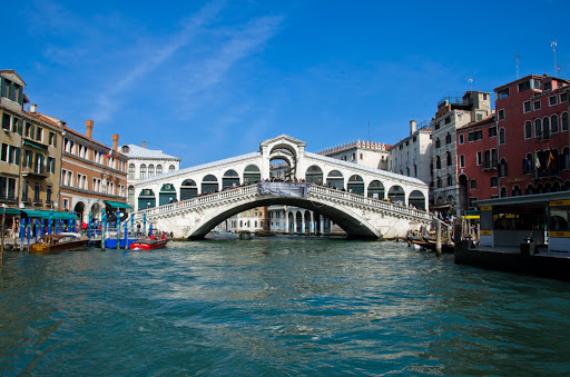 'Well-behaved' Muslim boys sought to blow up Venice landmark