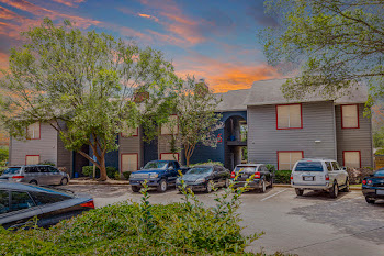 Go to Melrose Trail Apartment Homes website