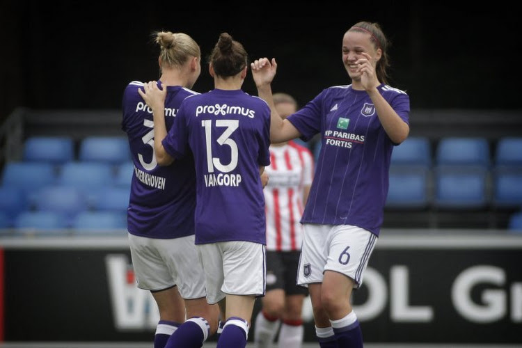 ? Les cinq buts du Sporting, le penalty du Standard Femina: les images du week-end en Super League