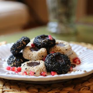 Raw Vegan Tahini Cookies.