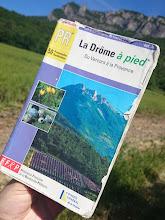 Photo: Dit wandelboekje mochten we lenen van de mevrouw van de camping en leverde een erg mooie wandeling op van 10,5 kilometer over de berg Roche Colombe bij Saou