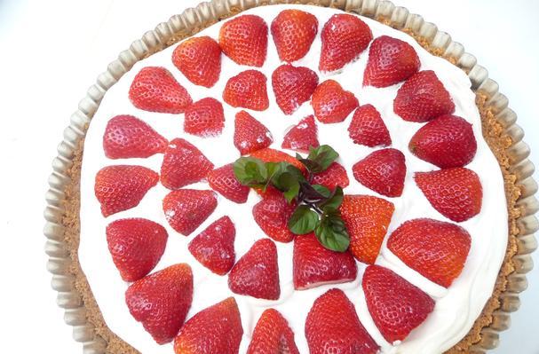 Splendid Strawberry Tart Recipe