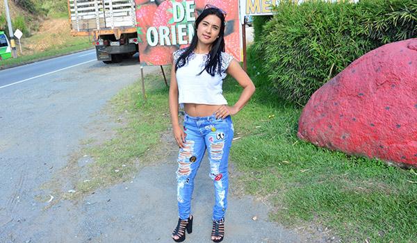 Porndoe - Camila Marin, una colombiana de gran culo en un vengativo y brutal polvo