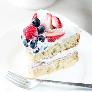 Mixed Berry Vanilla Bean Cake