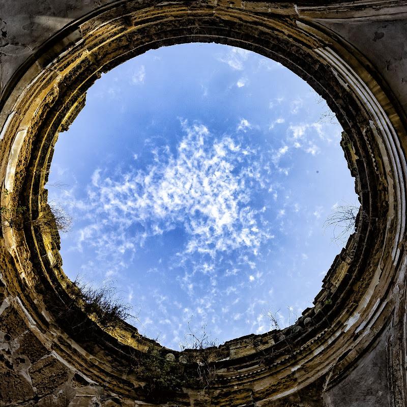 The big hole di Lunnad