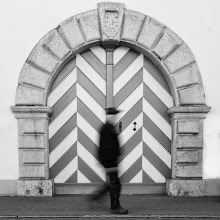 Photo: draft  #street #streettogs #streetphotography #shootthestreet  #blackandwhite #blackandwhitephotography #bw #monochrome  #monochromeartyclub #monochromephotography