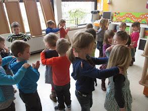 Photo: dansen op de laatste namiddag voor de vakantie!!