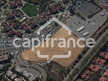 Terrain 831 m2