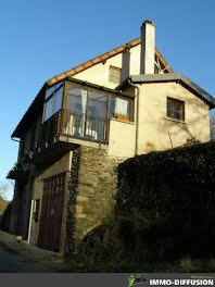maison à Estaing (12)