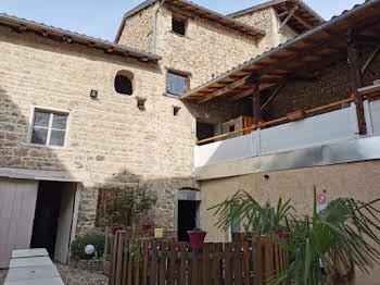 Maison 10 pièces 596 m2