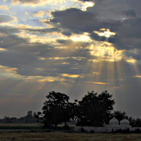The Ray of hope by Satminder Jaggi - Landscapes Prairies, Meadows & Fields ( clouds, punjab, sun-ray, fields )