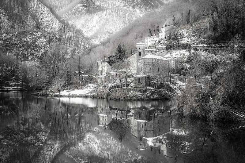 Il Borgo innevato di Luca160