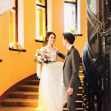 Wedding photographer Kristina Rozova (rozova). Photo of 23.11.2016
