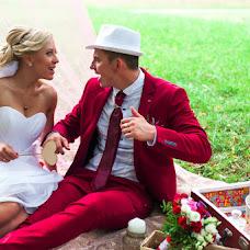 Wedding photographer Veronika Runec (Kapustastudio). Photo of 10.12.2015