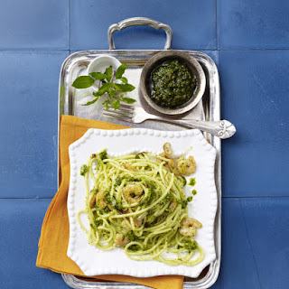 Pasta with Shrimp in Mint Pesto