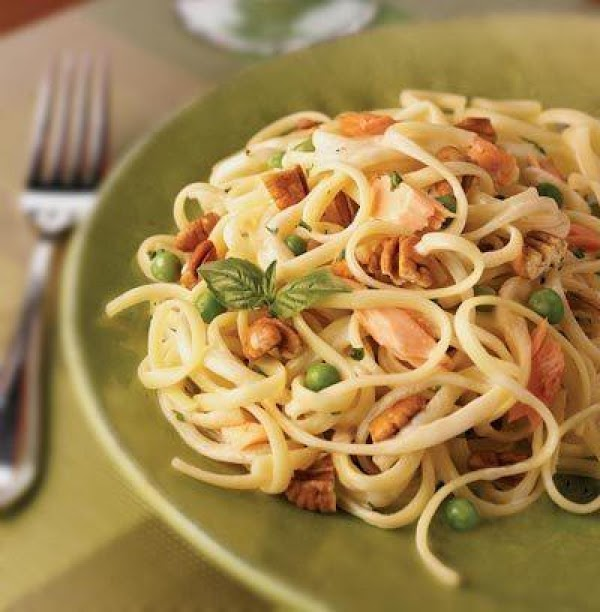 Easy Fettuccine With Smoked Salmon Recipe