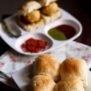 Bombay Pav Recipe - Bombay Laadi Pav Bread