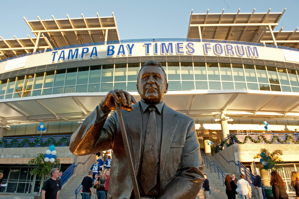 Photo: TAMPA, FL - DECEMBER 31:  Phil Espostio is honored with a statue on the west plaza at the Tampa Bay Times Forum on December 31, 2011 in Tampa, Florida.  (Photo by Scott Audette/NHLI via Getty Images) *** Local Caption *** player;player