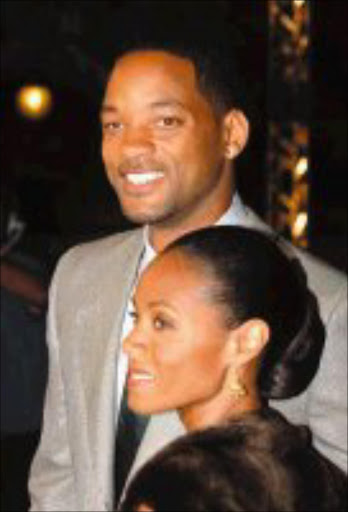 STILL STARRY-EYED: Will Smith and Jada Pinkett, an enduring couple in 40 Weddings and a Funeral (E! ENTERTAINMENT). © Unknown.