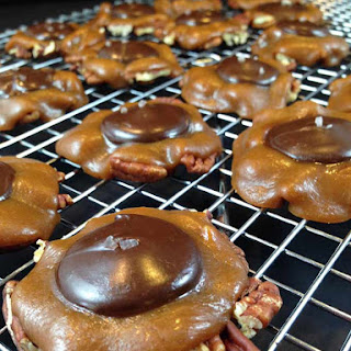 Salted Caramel Pecan Turtles