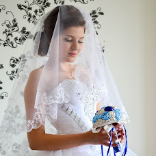 Wedding photographer Tatyana Shkuratova (TataLap). Photo of 13.01.2016