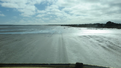 Photo: Heading north along the eastern side of Lake Daringdella