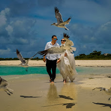 Wedding photographer Gabriel Lopez (lopez). Photo of 01.10.2017