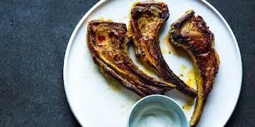 Spiced Marinated Lamb Chops with Garlicky Yogurt